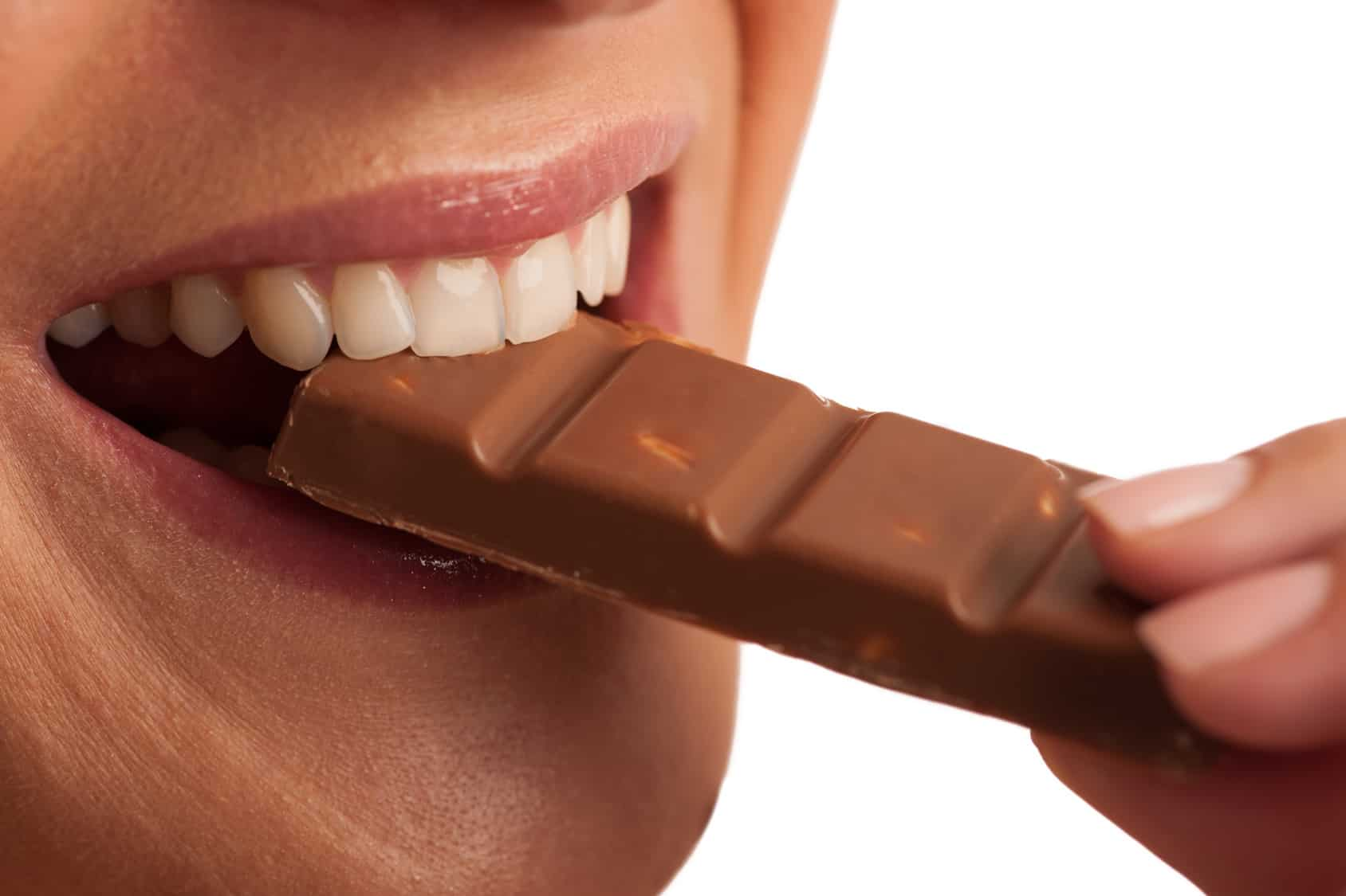 dark-chocolate-health-heart-disease-stroke.jpg