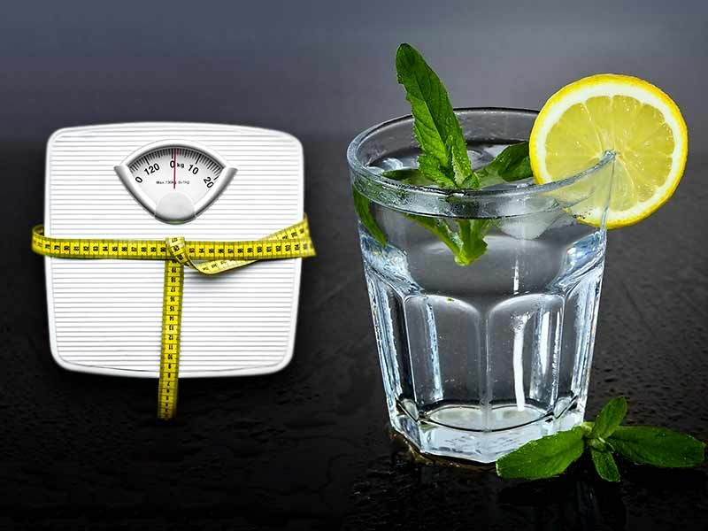 drinking-cold-lemon-water-really-help-lose-weight.jpg